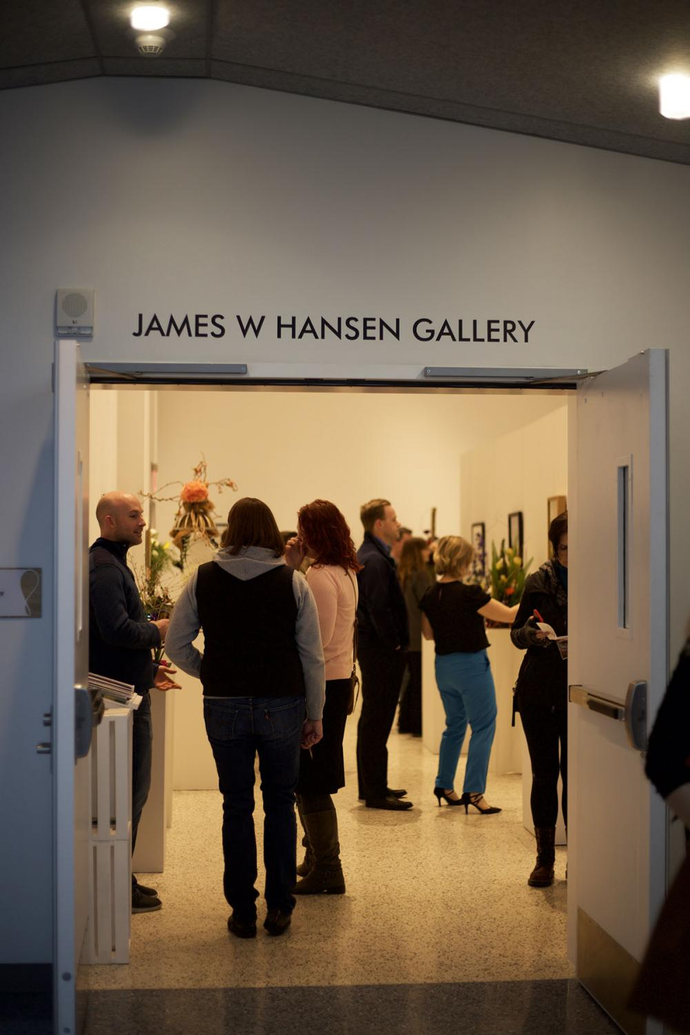James W Hansen Gallery welcomes a warm beginning of spring and says goodbye to the cold winter season.