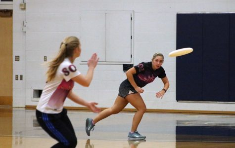 A glance at UWEC women's ultimate frisbee