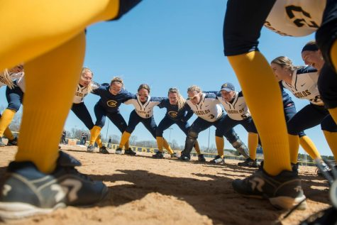 Blugolds win against Warhawks, finish series 2-0