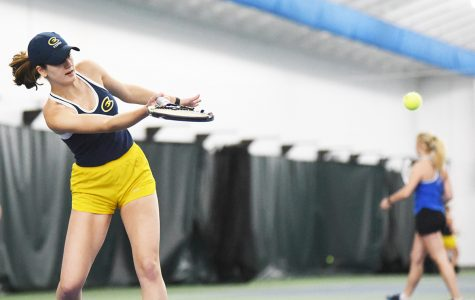 Optimism is essential for Blugolds on the tennis court