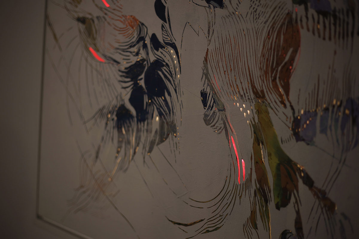 Stenberg+incorporated+LED+lights+in+her+oil+paintings.+