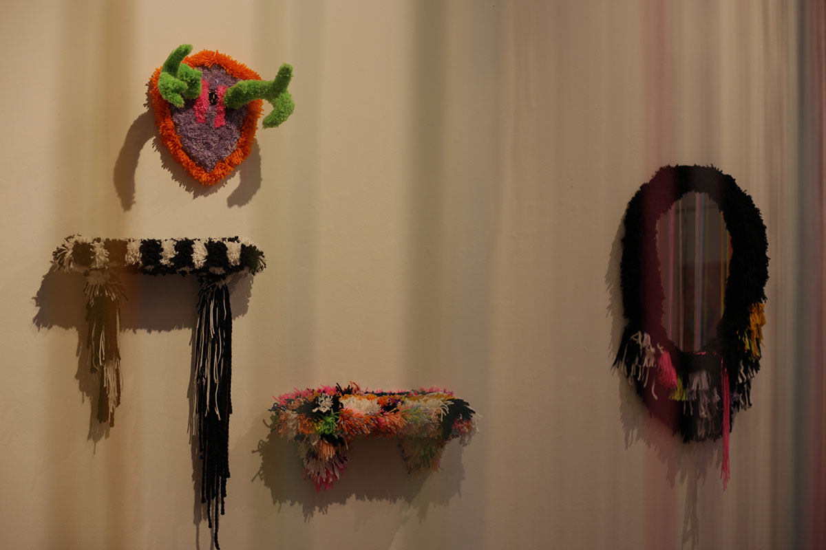Fischer+has+viewers+envision+a+piece+of+her+life+and+how+she+expresses+her+attitude+through+her+own+work%2C+by+creating+art+that+utilizes+everyday+items.