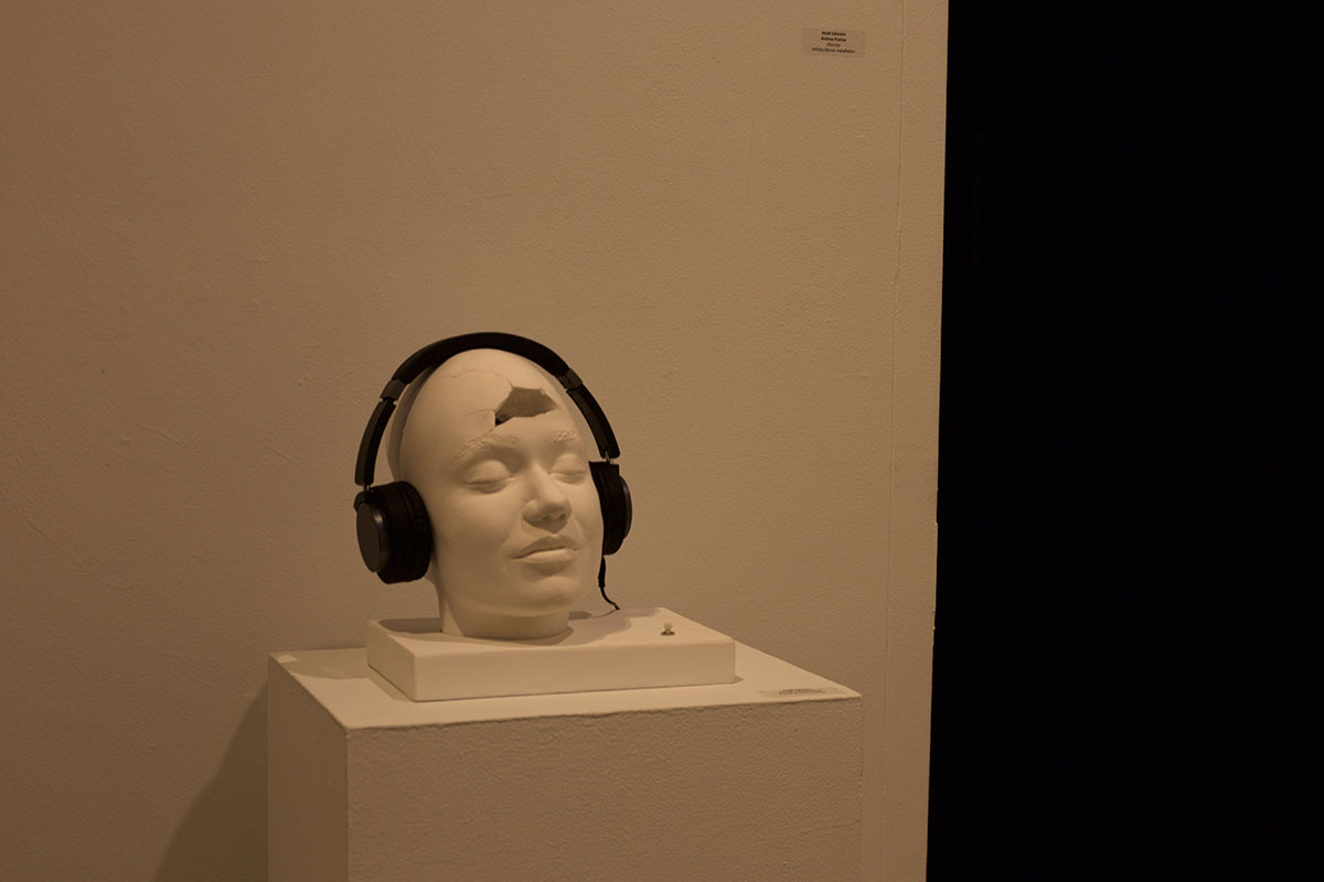 Johnson+presented+a+sculpture%2C+titled%2C+%E2%80%9CParadox+of+the+Mind.%E2%80%9D