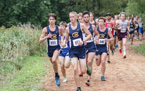 Blugolds open up strong