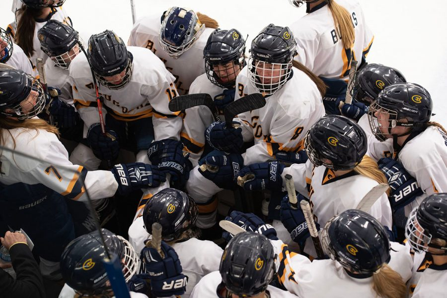 Last+season%2C+the+Blugolds+lost+to+the+University+of+St.+Thomas+4-3+in+the+NCAA+quarterfinals.