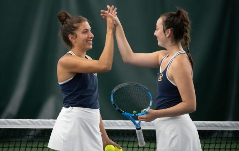 Tennis team finds success in final tournament