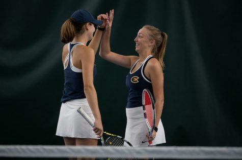 Women's tennis takes second at WIAC