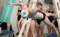 A loss and a tie for Blugold swim teams