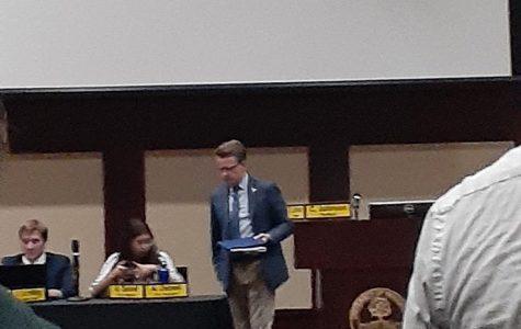 Student Senate passes Resolution 63R15 unanimously