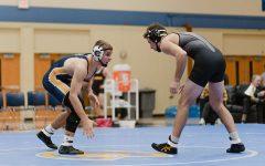 Blugold wrestlers compete in MSOE Invite