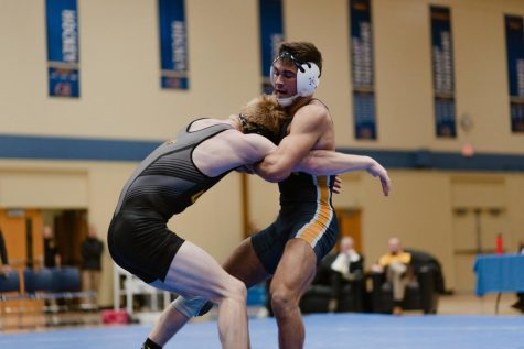 Veteran and new-comer to compete at National Wrestling Championship this weekend