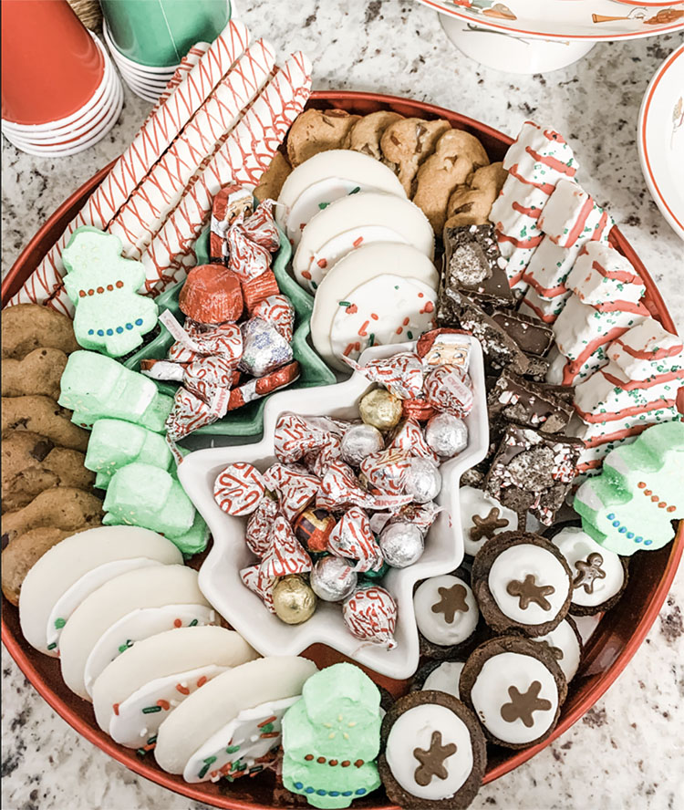 Christmas cookies are a great way to get yourself in the holiday spirit.