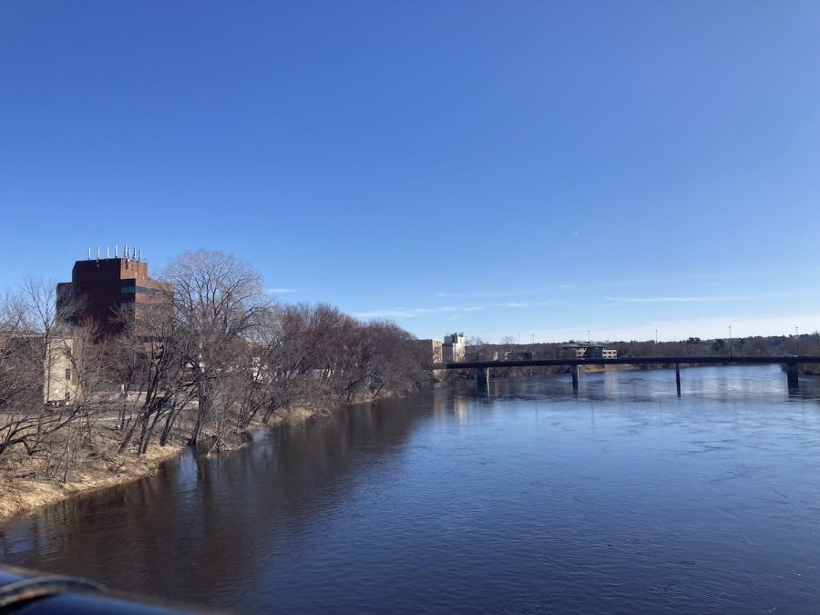 A sunny day in Eau Claire